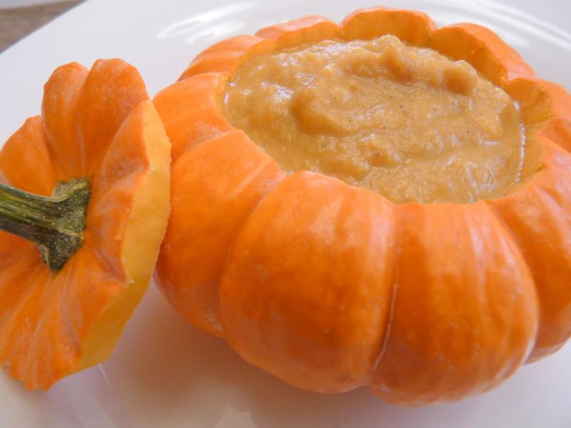 Thanksgiving pumpkin soup2