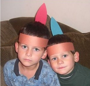 Thanksgiving Activity for Kids- Indian Headpiece