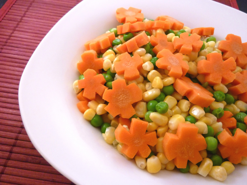 Carrot Flowers, Peas & Corn (Fields of Green, Gold and Orange)
