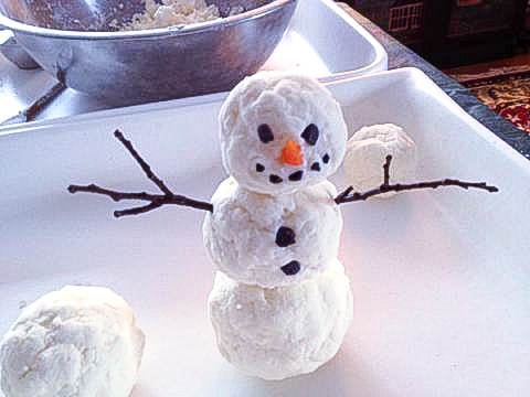 indoor snowman activity craft for kids