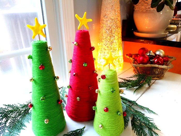 DIy Yarn Wrapped Christmas Tree