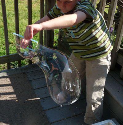 DIY Giant Bubbles Recipe