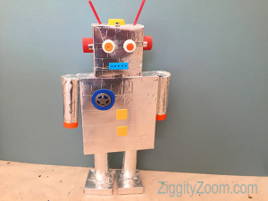 DIY Recycled Robot