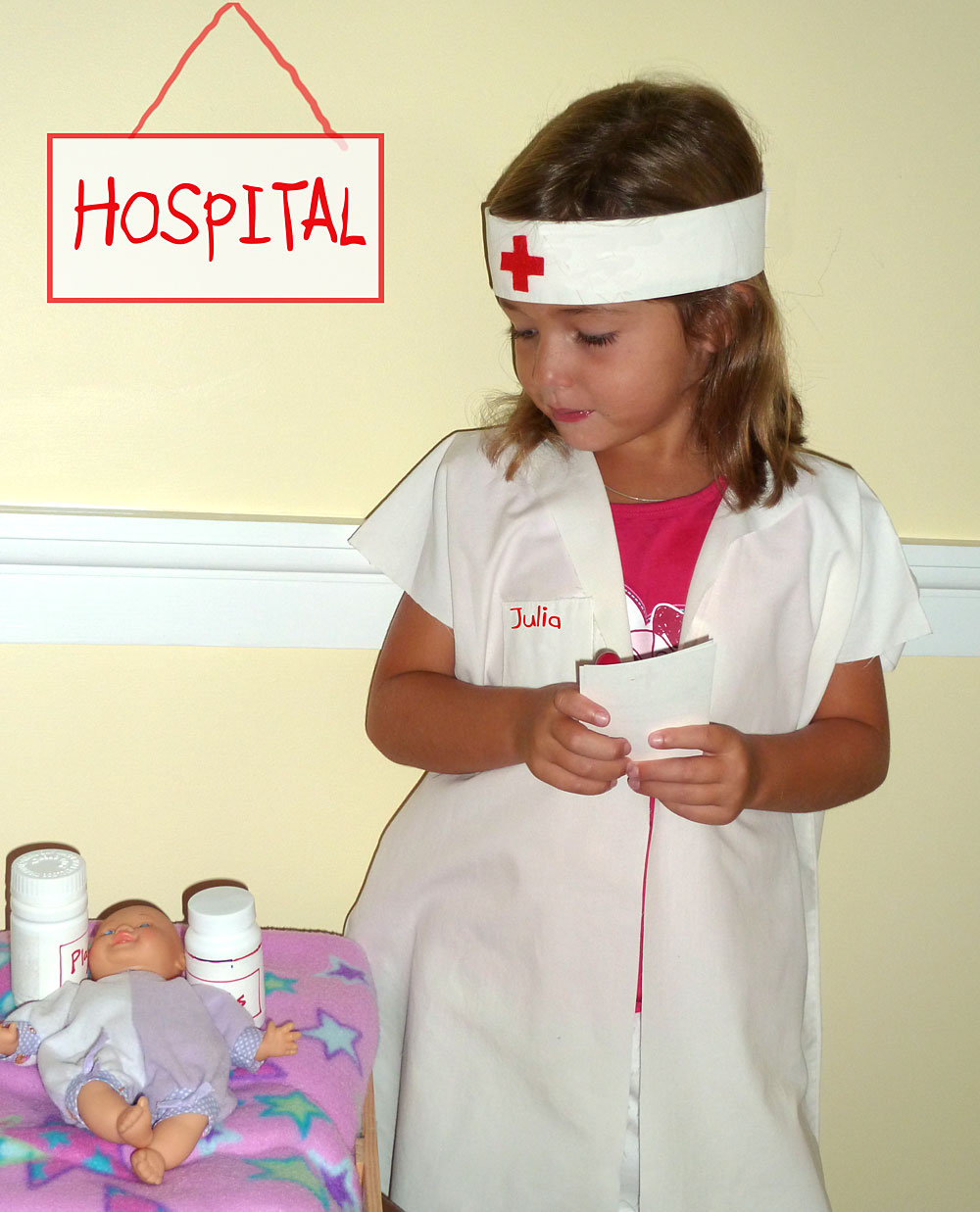 DIY Nurse or Doctor Costume